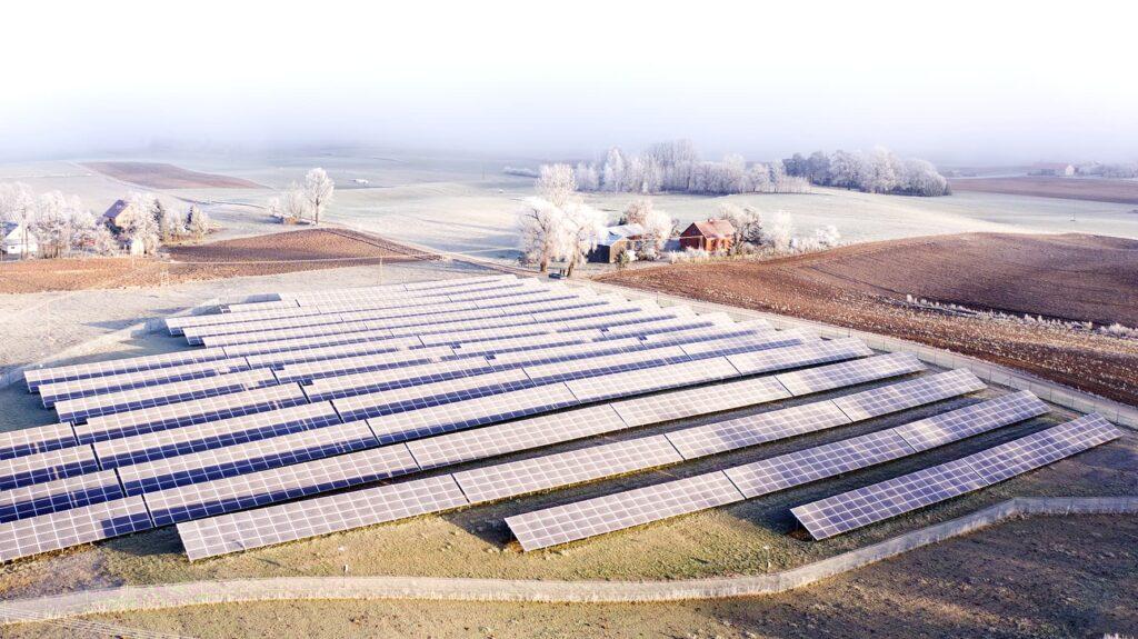 Olszanka saulės elektrinės Lenkų laukuose