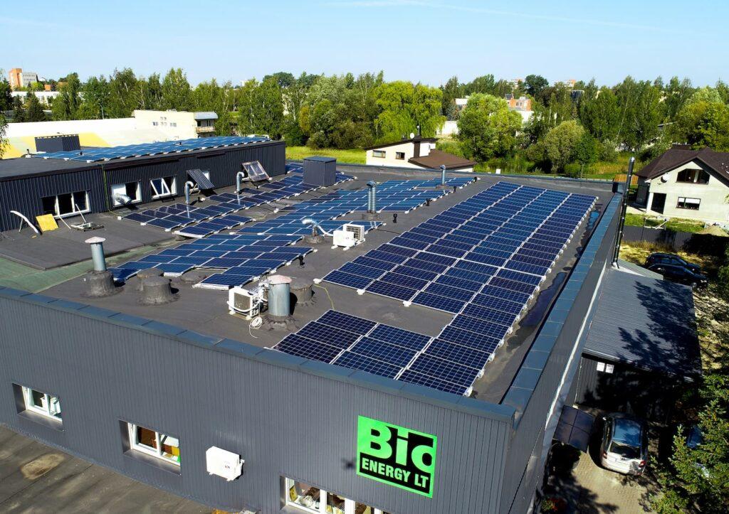 Bioenergy saulės elektrinių nuotrauka iš drono