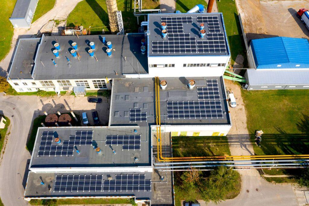 Saulės elektrinės UAB Jonavos šilumos tinklai