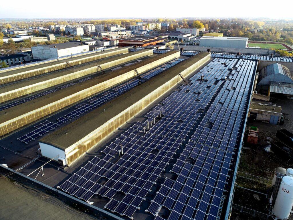 UAB Umega saulės elektrinės su aerocompact sistemomis